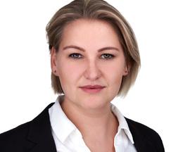 portrait hessen verischerung Sarah
